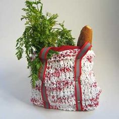 Bag knit from plastic grocery bags! Great recycling idea!