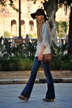This hippie style, sported by flare jeans, which were just starting to be worn in the 1960s, is sported by a large brimmed hat with the carefree style that the teens felt allowed them to differentiate themselves from traditional culture. 3/9/2015