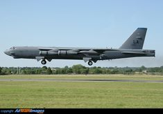 B 52h, Air Force Bomber, Strategic Air Command, B 52 Stratofortress, Military Love, Us Air Force, Aircraft Pictures, Fire Dept, Picture Photo