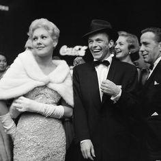 Kim Novak , Frank Sinatra , Lauren Bacall and Humphrey Bogart