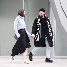 NEW POST  | Je crois bien qu'un nouvel article est en ligne!... |http://bit.ly/22uoDFo | Vous en pensez quoi les amis ?  #streetstyle #relationshipgoal #fashioncouple by jaimetoutcheztoi