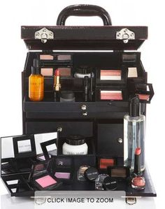 Bobbi Brown makeup trunk holy shit yes please Makeup Box, Makeup Case, Hair Makeup, Brown Makeup, Makeup Ideas, Flawless Makeup, Beauty Makeup, Hair Beauty, Easy French Twist