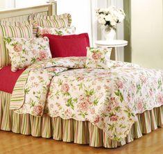 Dulce y femenina, son las palabras para describir este bello conjunto de cama.