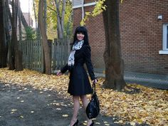 Jennifer Kaya Canadian fashion blogger www.jenniferkaya.com #fashion #fashionblogger  #fashion #leather bag #scarf  #small bag #black bag #shoulder bag #glasses #dress #ootd #style #casual look #casual outfit  #business outfit #classic #elegant  #cute outfit #heels #high heels  #fall # autumn #clasic coat #coat #classic trench #black trench #black coat #trench