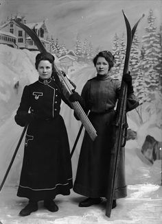 dobbeltportrett, kvinner2, skiutstyr, sk... 1911