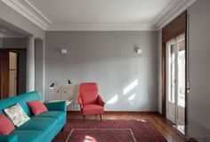 3-Dazzling-Apartments-with-Retro-Interiors-in-1940s-Porto-Building-10 3-Dazzling-Apartments-with-Retro-Interiors-in-1940s-Porto-Building-10