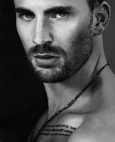 Read Chris Evans from the story Celebrity Oneshots by (Gianna Paisley) with reads. Chris Evans jealousy Hope you enjo. Robert Evans, Chris Evans Beard, Capitan America Chris Evans, Chris Evans Captain America, Celebrity Gallery, Celebrity Crush, Actrices Sexy, Actrices Hollywood, Hommes Sexy
