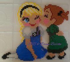 Elsa & Anna - Frozen hama perler beads by Diane - Pattern… Melty Bead Patterns, Hama Beads Patterns, Beading Patterns, O Beads, Fuse Beads, Hama Beads Disney, Movie Crafts, 8bit Art, Hama Beads Design