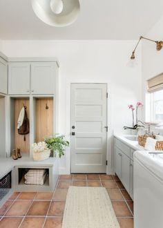 Mudroom Laundry Room, Small Laundry Rooms, Laundry Room Design, Laundry Room Colors, Laundry Room Remodel, Interior Door Colors, Interior Design, Baños Shabby Chic, Decoration