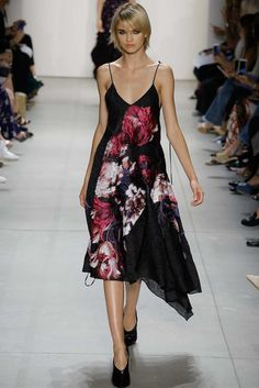 See the complete Prabal Gurung Spring 2017 Ready-to-Wear collection.