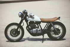 Suzuki Gn250 - ZOMBIE #motocustom #cafe racer #tracker #scrambler