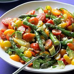 Tomato and asparagus salad