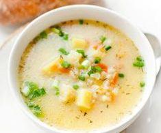 Zupa kalafiorowa Polish Recipes, New Recipes, Soup Recipes, Cooking Recipes, Favorite Recipes, Healthy Recipes, B Food, Good Food, Low Calorie Recipes