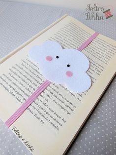 Felt Crafts Diy, Diy Arts And Crafts, Book Crafts, Paper Crafts, Creative Bookmarks, Diy Bookmarks, Felt Bookmark, Bookmark Craft, Diy Marque Page