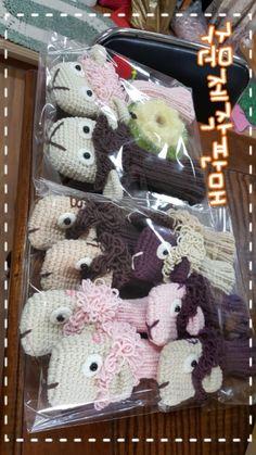 손뜨개양골프채커버 : 네이버 블로그 Golf Club Covers, Burlap Wreath, Golf Clubs, Knitting, Crochet, Decor, Golf Club Headcovers, Decoration, Tricot