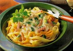 + 3 nudle s cuketou a šunkou No Salt Recipes, Macaroni And Cheese, Spaghetti, Food And Drink, Menu, Pasta, Ethnic Recipes, Kitchen, Bulgur
