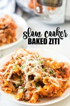 Crock pot baked ziti is a delicious, rich pasta dish -- with an amazing cheese topping -- that is so easy to throw together. You just let the crock pot do all the work for family dinner. Slow Cooker Baked Ziti, Slow Cooker Recipes, Crockpot Recipes, Cooking Recipes, Easy Dinner Recipes, Pasta Recipes, Easy Dinners, Recipe Pasta, Yummy Recipes