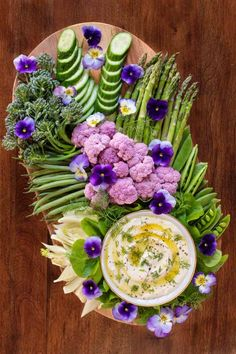 Mediterranean Lemon Feta Dip is part of Feta dip - This creamy, lemony Feta dip is perfect for parties, picnics and potlucks Serve it with raw veggies or chips for a delicious appetizer or snack! Feta Dip, Party Platters, Food Platters, Vegetable Platters, Veggie Tray, Appetizer Dips, Yummy Appetizers, Veggie Appetizers, Appetizer Sandwiches