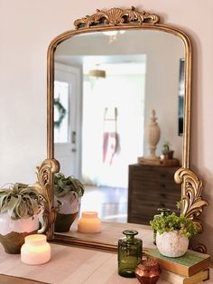 We found a way to knock off the Gleaming Primrose mirror at Anthropologie for of the cost! bedroom mirror DIY Anthro mirror knock off Vintage Gold Mirror, Gold Framed Mirror, Ornate Mirror, Diy Mirror, Wall Mirrors, Sunburst Mirror, Glitter Mirror, Living Room Mirrors, Home Living Room