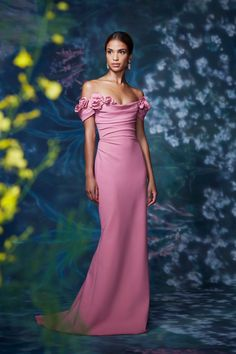 Marchesa Spring 2021 Ready-to-Wear Collection - Vogue Fashion Week, Fashion Show, Marchesa Spring, Pink Gowns, Gowns With Sleeves, Models, Mannequins, Vogue Paris, Beautiful Gowns