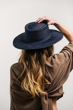 navy straw hat