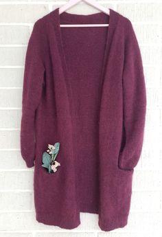 Ilman erikoisominaisuuksia oleva neuletakki – Nurjia silmukoita Pullover, Sweaters, Fashion, Moda, Fashion Styles, Sweater, Fashion Illustrations, Sweatshirts, Pullover Sweaters