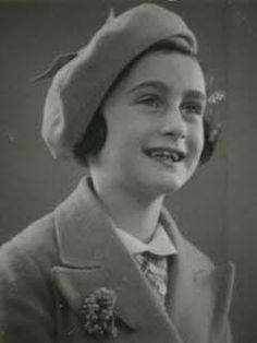 Anne Frank, 7 jaar oud - Mei 1937.