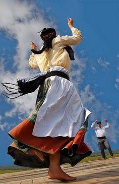 Folclore+Portugal | na dança do folclore português