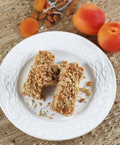 These amazing healthy homemade granola bars that I am going to show you today, are perfect for your breakfast meal or as a snack for any time of the day Homemade Granola Bars, Breakfast Recipes, Oatmeal, Meals, Snacks, Healthy, Fit, The Oatmeal, Appetizers