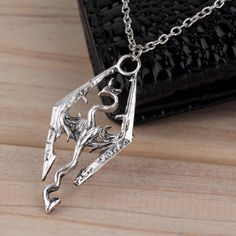 Elder Scrolls Skyrim Dragon Pendant Necklace - Luna's Warehouse - 1