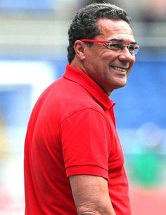 Diretoria do Cruzeiro confirma acerto com técnico Vanderlei Luxemburgo,,Treinador volta ao clube após 11 anos