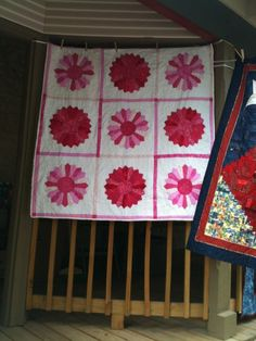"Dresden Plate Quilt from ""goldsberry921"" album on photobucket."