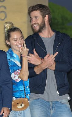 TunezMedia Blog: Miley Cyrus and Actor Boo Liam Hemsworth Get Naughty After Dinner Date [PICS]
