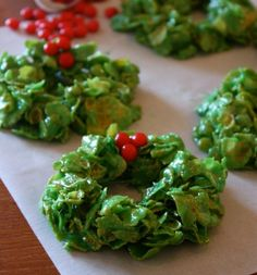 HOW TO: Christmas Cornflake Wreath Recipe! #Christmas #recipe #diy