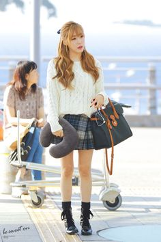 Tiffany at Incheon Airport To New York for Polo Ralph Lauren Event Snsd Airport Fashion, Snsd Fashion, Fashion Tag, Daily Fashion, Korean Fashion, Fashion Outfits, Womens Fashion, Female Fashion, Girls' Generation Tiffany