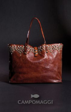 Cute Purses, Purses And Bags, My Shopping List, Leather Handbags, Leather Bags, Fashion Over 50, Shoulder Bag, Wallet, Briefcases