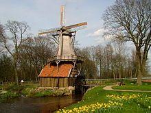 Die Hüvener Mühle kombiniert als Windwassermühle die Vorteile von Wasser- und Windmühle