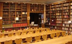 Library of the Faculty of French and Comparative Literature #Literature #library #french