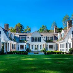 Patrick Ahearn Architect Collection - For Sale U Shaped House Plans, U Shaped Houses, Cottage House Plans, Cottage Homes, Luxury Homes Dream Houses, Hamptons House, Elegant Homes, Classic House, My Dream Home