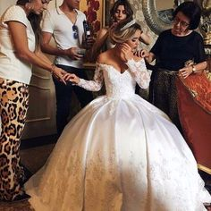Full Lace Sleeve White Satin Ball Gown Wedding Dresses 2017 Luxury Vintage Appliqued Princess Bridal Gowns Off-Shoulder