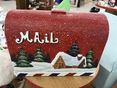 This would be a nice seasonal mailbox!