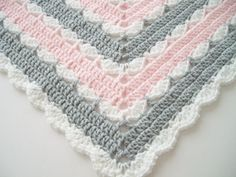 Crochet Baby Blanket Pink Gray White Baby Afghan Pink and Knitted Baby Blankets, Baby Girl Blankets, Crochet Baby Hats, Baby Knitting, Picot Crochet, Crochet Blanket Edging, Crochet Stitches, Pink And Gray Nursery, Pink Grey