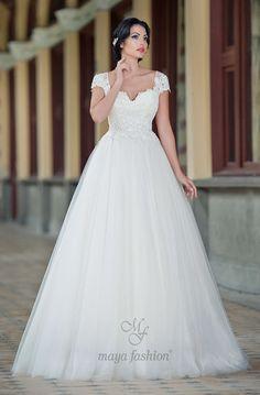 Rochie de Mireasa Stil Printesa cu Maneci Scurte ❤️ Short Sleeves Princess Wedding Dress