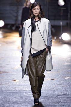 Sfilata 3.1 Phillip Lim New York - Collezioni Autunno Inverno 2013-14 - Vogue