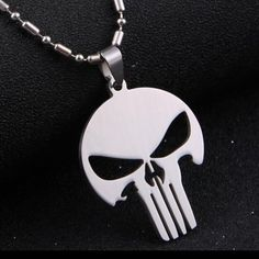 """💀STAINLESS STEEL SILVER SKULL w/ 925 SS CHAIN.NEW 💀CHOOSE: Skull on a 26"""" Sterling Silver Chain or Black Leather Choker. Will make a Cool Gift🎁 Jewelry Necklaces"""