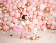 Pink Smash Cakes, Smash Cake Girl, 1st Birthday Cake Smash, Baby Girl First Birthday, Unicorn Birthday Parties, Birthday Balloons, Birthday Party Decorations, Cake Smash Photography, Birthday Photography