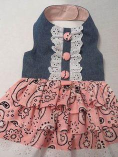 Vestido rosa de Bandana