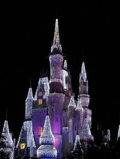 Cool Christmas Lights from around the World   Cool Things   Pictures   Videos
