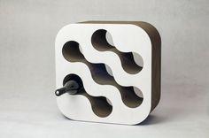 Cardboard wine-rack white on Designeros.com