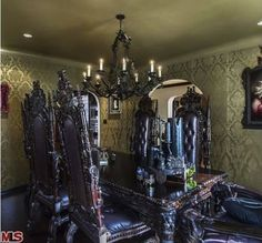 Kat Von D Lists Her Gothic Home in Los Angeles (House of the Day) Gothic Interior, Gothic Home Decor, Interior Design, Gothic Mansion, Gothic House, Haunted Mansion, Victorian Gothic, Kat Von D House, Horror Decor
